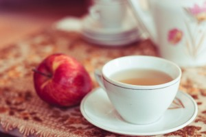 Tea with honey the benefits and harms, The benefits of tea with honey, The beneficial properties of a honey water, What is better - tea with honey or sugar, What is the most useful type of honey, The harm of honey in hot tea, Contraindications and precautions.