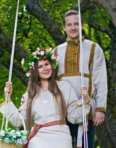 russkaya-svadba-tradicii-obychai-237x300